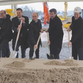 Weidmüller Gruppe feiert ersten Spatenstich für neues Customer & Technology Center (CTC) in Detmold