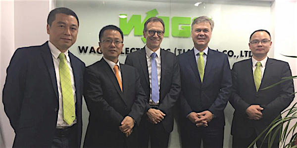 At the opening of the new WAGO sales office in Nanjing (from left): Xu Xia (Sales Manager China East), Liu Nan (Sales Manager China), Jürgen Schäfer (Chief Sales Officer), Volker Palm (General Manager WAGO China), and Jackie Chen (Office Manager Nanjing), © WAGO Kontakttechnik GmbH & Co. KG 2017