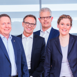 Die WAGO-Geschäftsführung (v.l.): Christian Sallach (Chief Marketing Officer & Chief Digital Officer), Sven Hohorst (Chief Executive Officer), Jürgen Schäfer (Chief Sales Officer), Ulrich Bohling (Chief Operating Officer), Kathrin Pogrzeba (Chief Human Resources Officer) und Axel Börner (Chief Financial Officer), © WAGO Kontakttechnik GmbH & Co. KG 2019